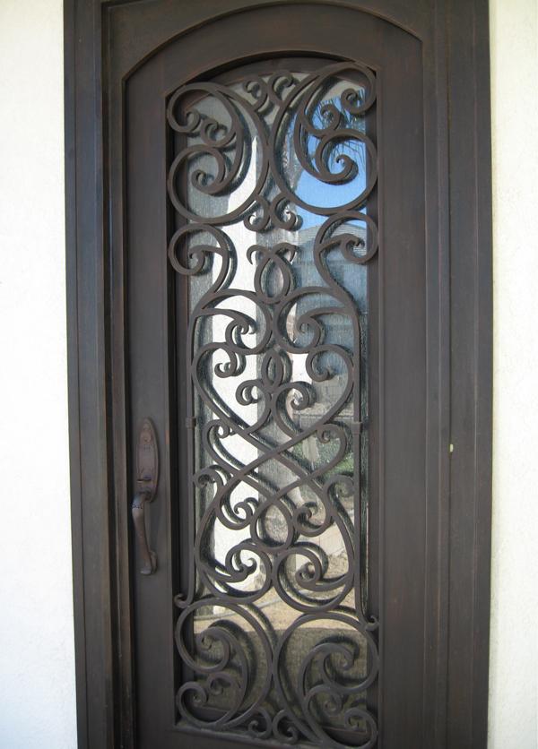 Rancho Santa Margarita Iron Fencing Entry Driveway