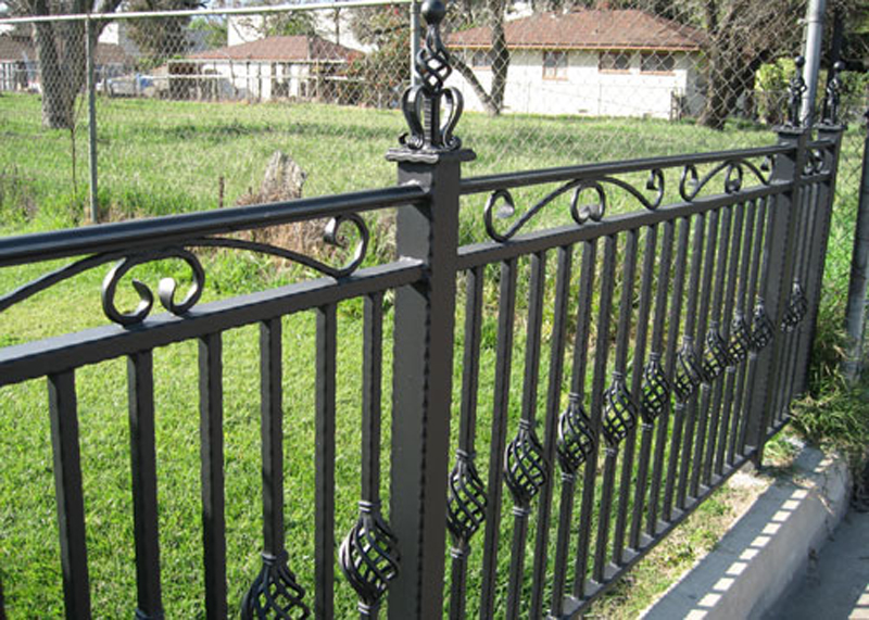 Best Quality Iron Fence Brea
