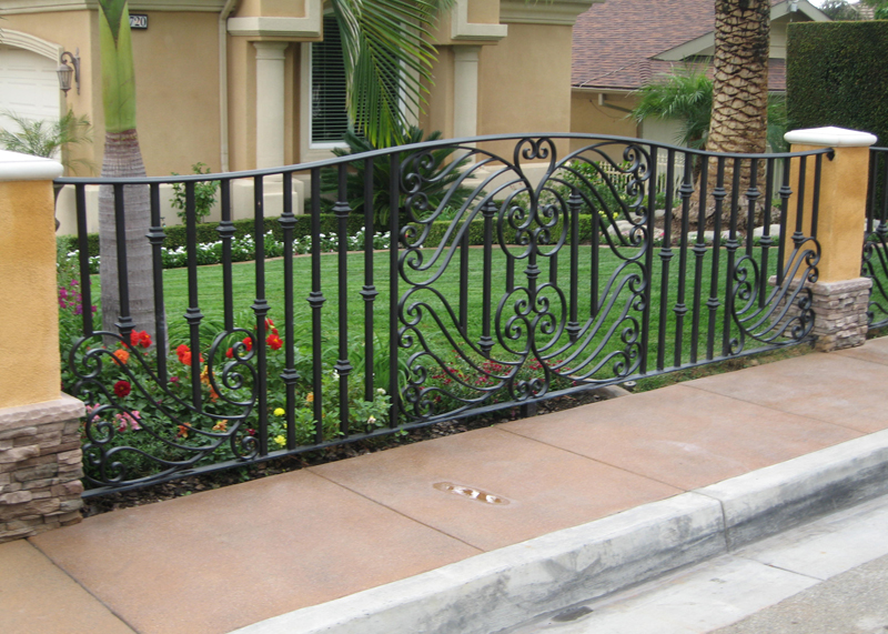 Lake Forest Garden Fences