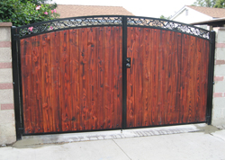 Decorative Residential Wooden Gate