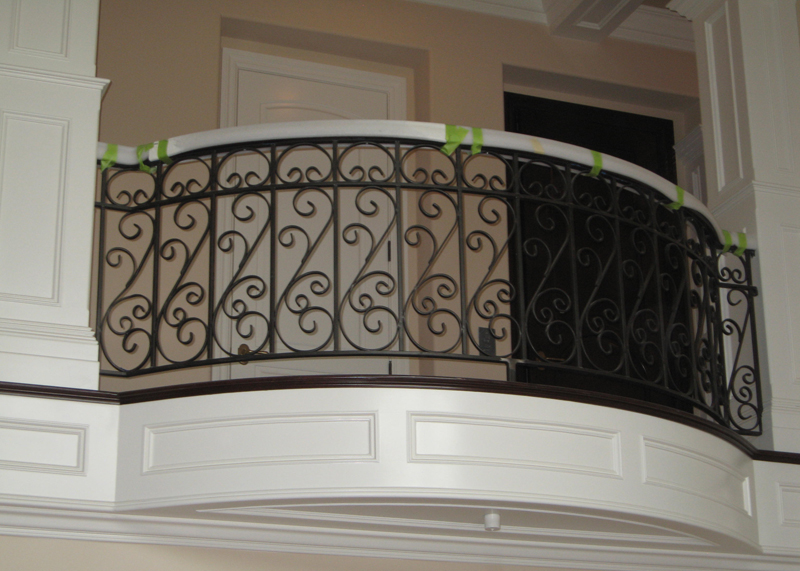 Residential Balcony Guardrail Installation